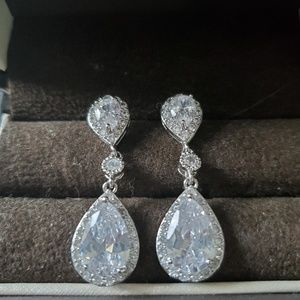Tear drop wedding earrings